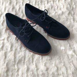Tommy Hilfiger Navy Honey Bee Suede Oxford Loafers